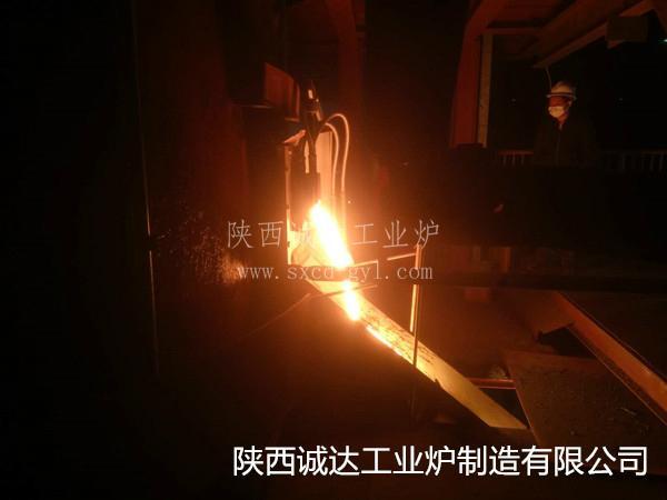 江苏德龙5000KVA热溶渣加热炉(镍渣)顺利出渣